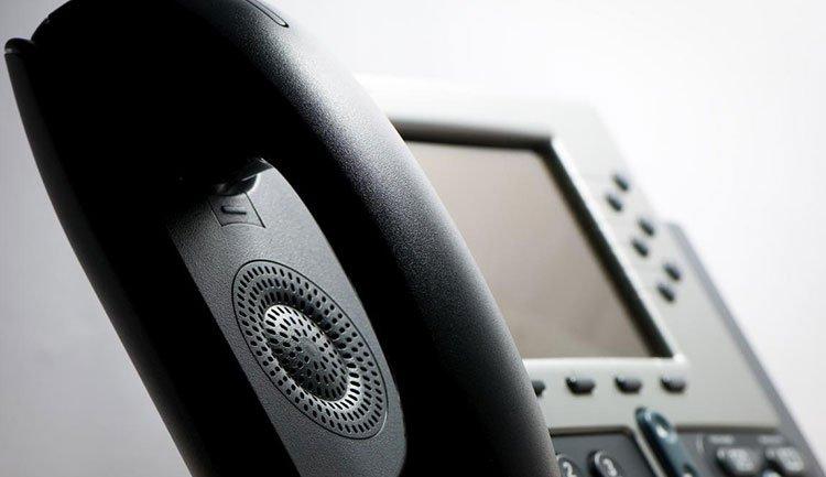 راه اندازی ویپ VOIP سیسکو خرید سوئیچ سیسکو سوییچ شبکه فروش سوئیچ سیسکو روتر سیسکو تلفن IP Phone
